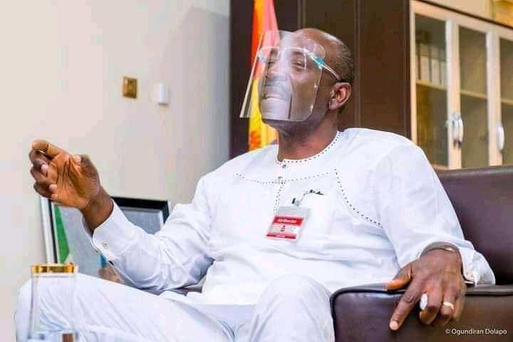 Edo: Ize-Iyamu challenges Gov. Obaseki over school certificate