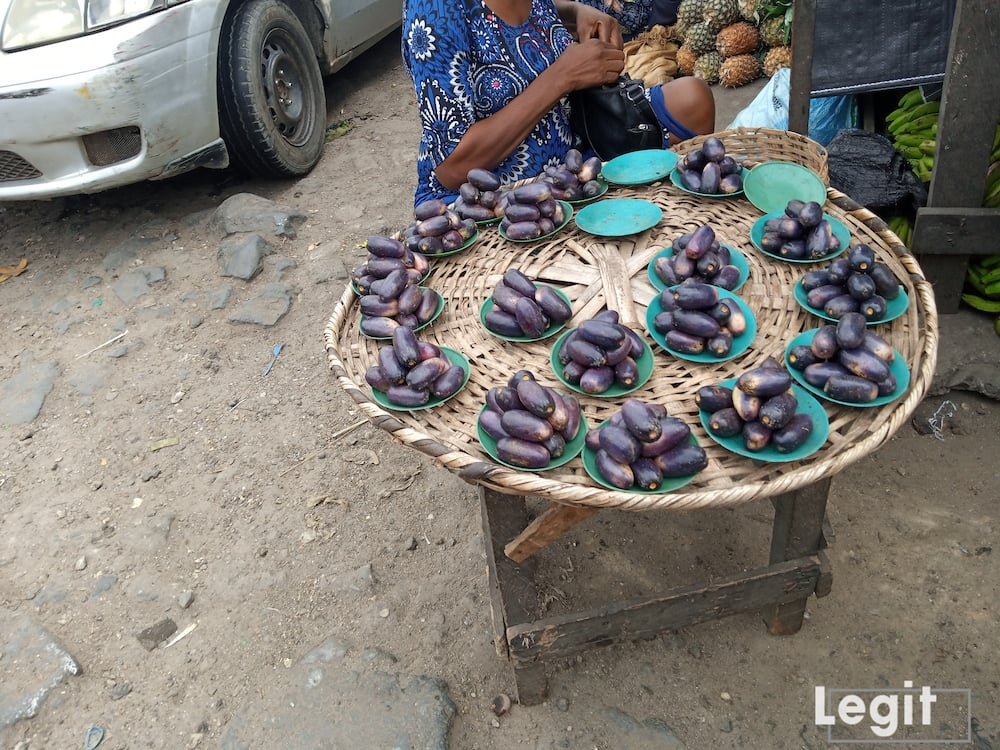 The bush pear is almost out of season but are still sold at good prices in the market. Photo credit: Esther Odili