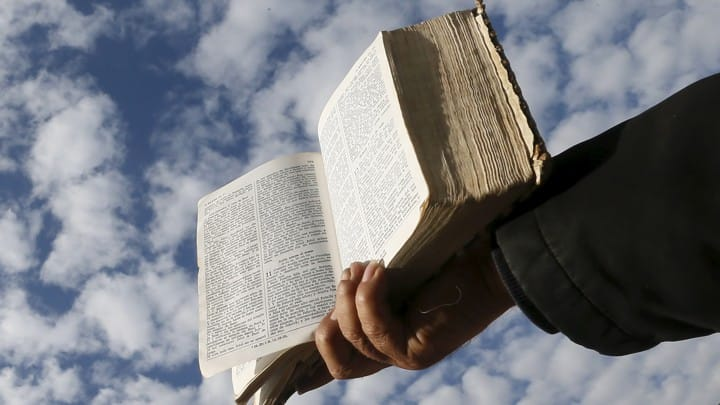 Get inspired by the these short Bible verses