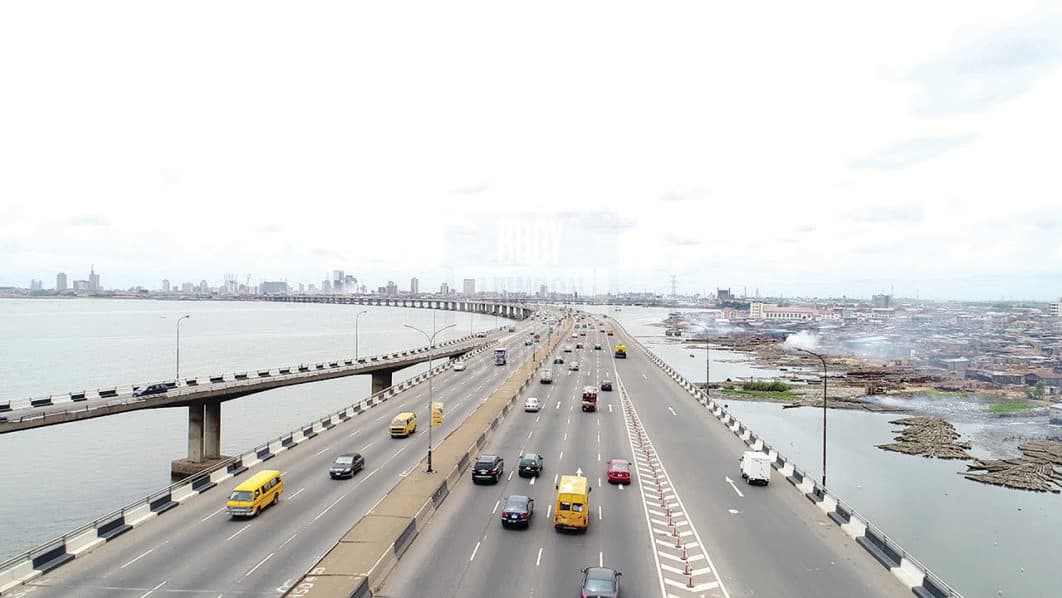 Work on popular Lagos bridge to be resumed by federal government - Legit.ng