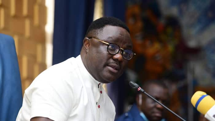 Ex-governor sold Cross River to Ayade for N2bn? Reactions, revelations spring up