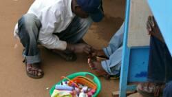 Ibrahim Kabiru: Meet 19-year-old man who makes N45,000 monthly as local nail cutter