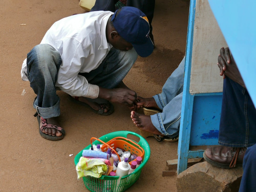 Ibrahim Kabiru: 19-Year-Old Man Who Makes N45,000 Monthly as Local Nail Cutter