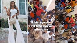 Blogger Linda Ikeji blesses youth in her village with N200k as she visits for her sister's wedding