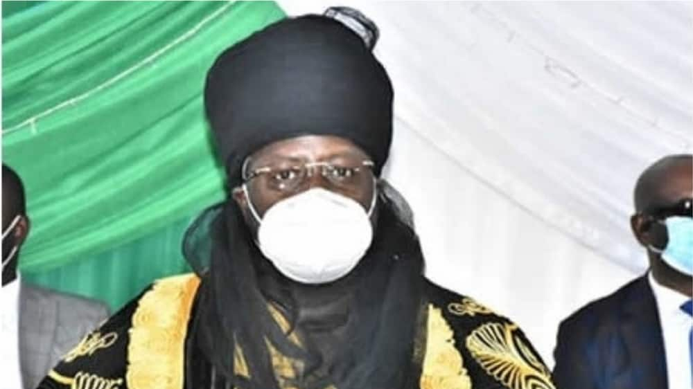 A picture of the emir with his face mask. Photo source: Nigerian Tribune
