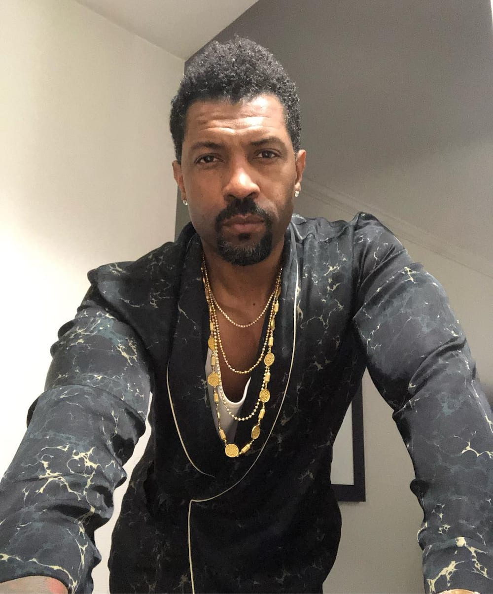 Deon Cole height