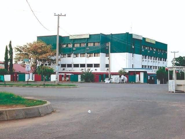 Big blow to APC in Edo state as two lawmakers resign membership, defect to PDP