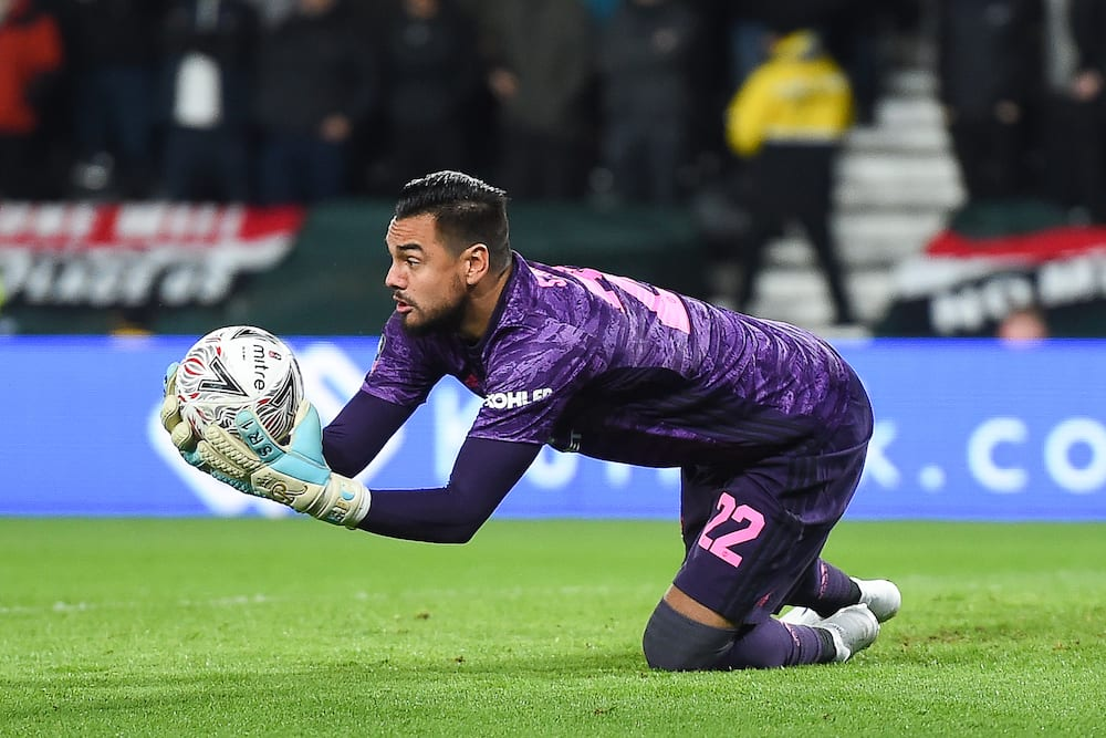 Sergio Romero's move to Inter Miami reportedly collapses and will remain at Man United