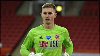 Dean Henderson: Chelsea hold talks with Man United goalie, offer him £170,000-per-week