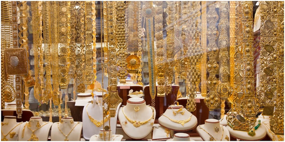 Nigerian banks, FG considering gold jewellery as collateral for small business loan