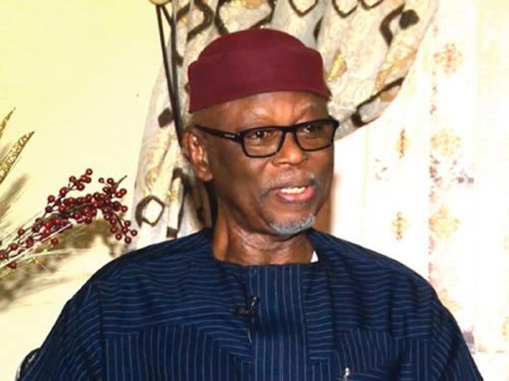 Tun farkon mulkin Buhari, ba a fara da sa'a ba - Oyegun ya bayyana manyan kalubalen APC