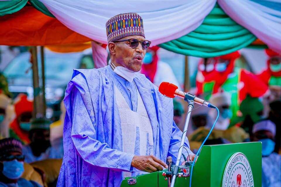 President Buhari urges Nigerians to embrace farming