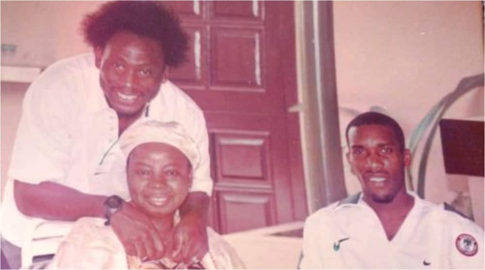 Super Eagles Legend Posts Touching Throwback Photo of Him Sharing Passionate Moment With Late Aunt and Okocha