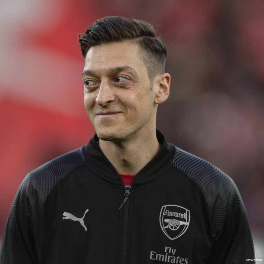 Mesut Ozil reportedly received £8m loyalty bonus from Arsenal in September