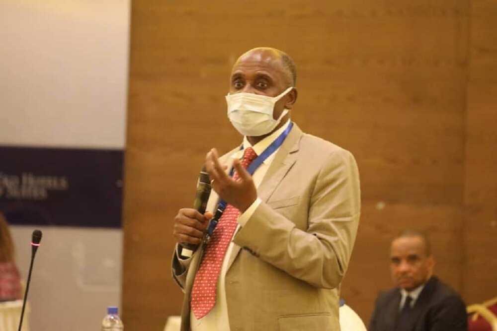 Ba na nuna kabilanci: Amaechi ya magantu a kan barin Jonathan da goyawa Buhari baya