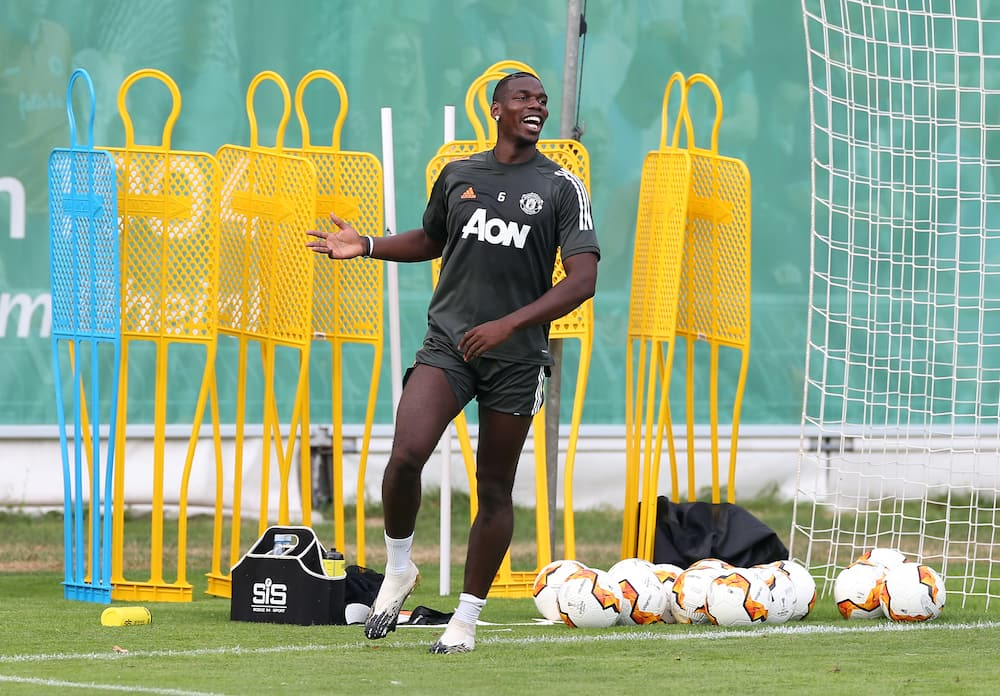 Paul Pogba rejoins Manchester United teammates in training after recovering from coronavirus