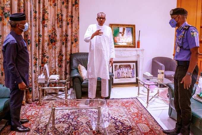 Yanzu-yanzu: Buhari ya shiga ganawar sirri da IG na yan sanda kan zanga-zangan #ENDSARS