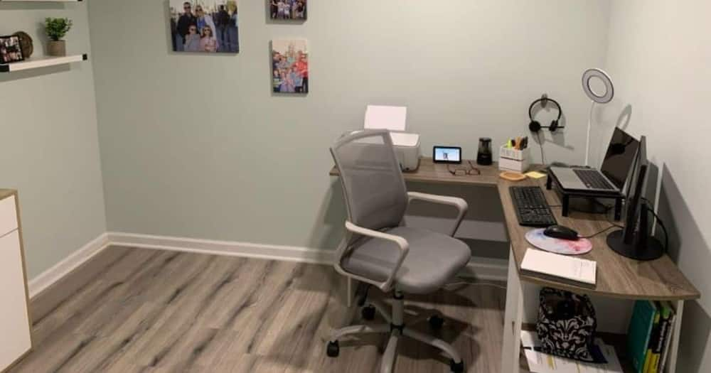 Loving, Hubby, Builds, Home Office, Wife, Online, Wowed