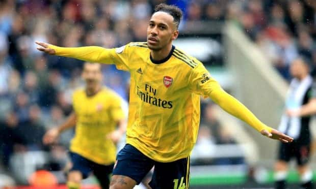 Aubameyang fires Arsenal to victory in tough Premier League opener against Newcastle