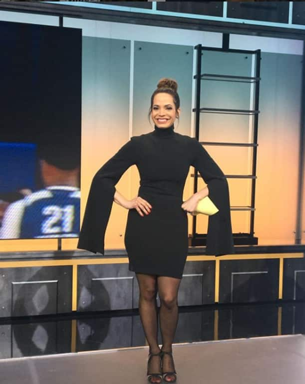Elle Duncan in SportsCenter programme