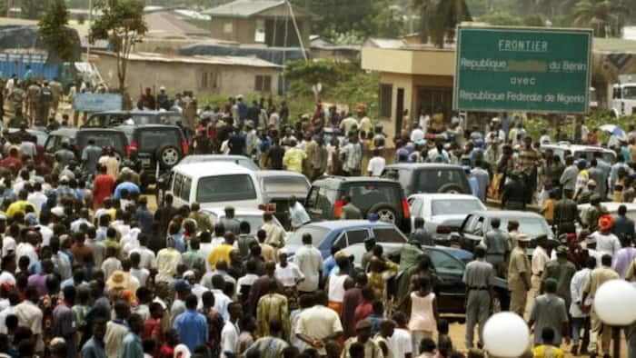 Soldier kills self after killing a customs officer in Seme