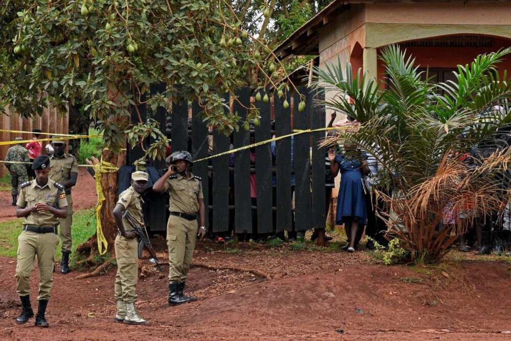 Abuja: 'Yan bindiga sun shiga har gida sun yi awon gaba da tsohon ACG NIS, Ibrahim Idris, da iyalinsa