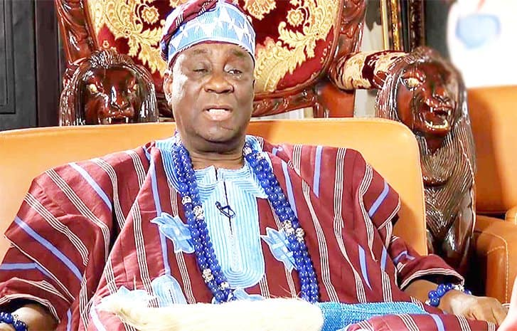 Hoodlums attack Oba Of Lagos's palace