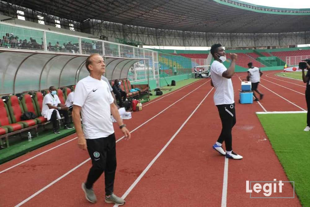 Gernot Rohr and Yobo.