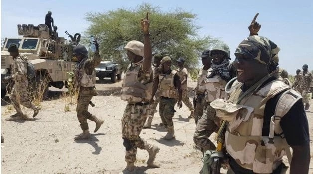 Sojoji sun halaka yan ta'adda 11 kuma sun ceto mata da yara 49 a jihar Borno
