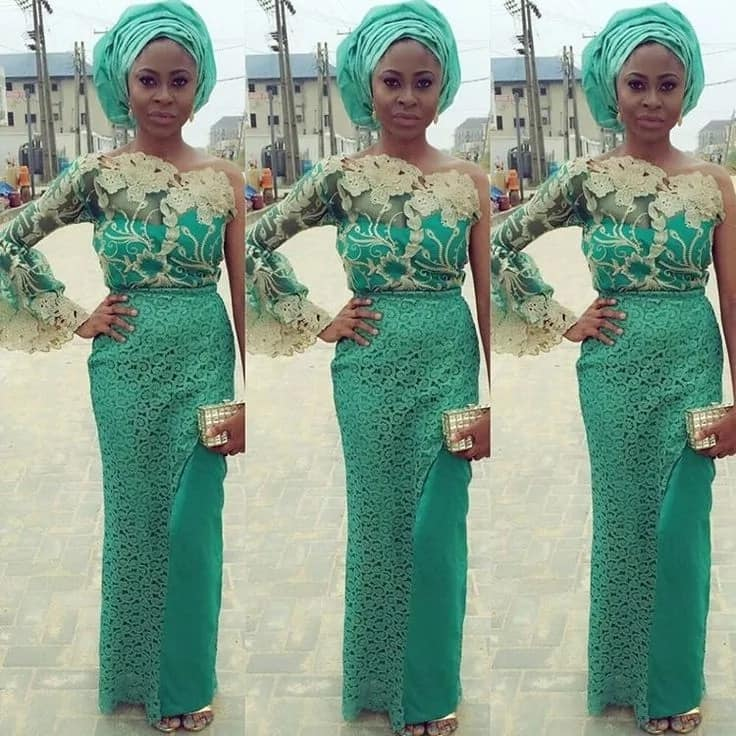 Aso Ebi style with one shoulder opened