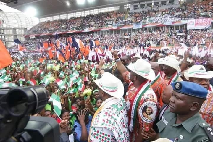 Just in: Akwa Ibom governor declares 2nd term bid under PDP (photos)