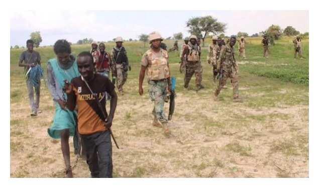 Boko Haram: Wata ɗalibar makarantar mata ta bada tabbacin mayakan Boko Haram sun yi awon gaba da dalibai da dama