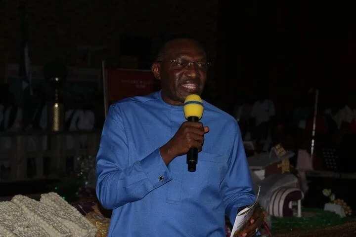 Valentine Day: Senator Andy Uba preaches love and peace amongst Nigerians