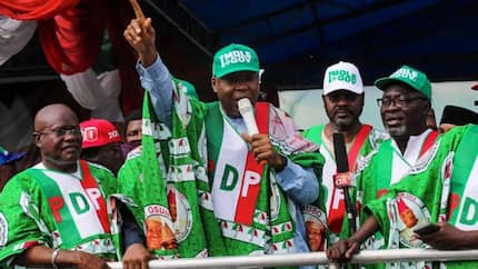 Thugs disrupt PDP rally in Edo as 4,000 APC members defect to opposition party