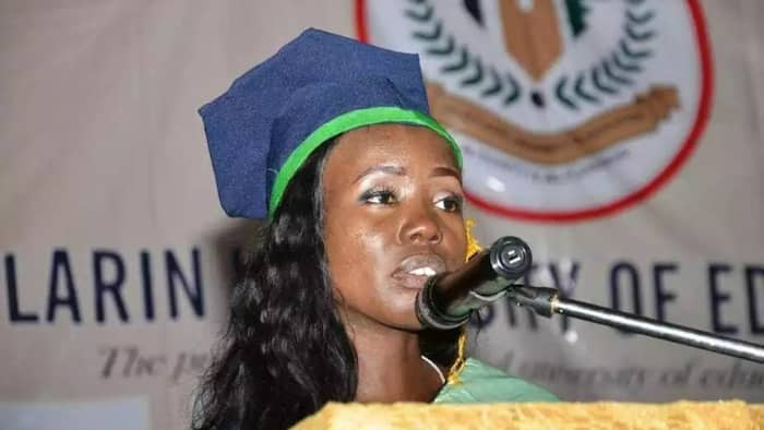 Young lady graduates with a CPGA of 4.82, emerges best graduating student of TASUED (photo)