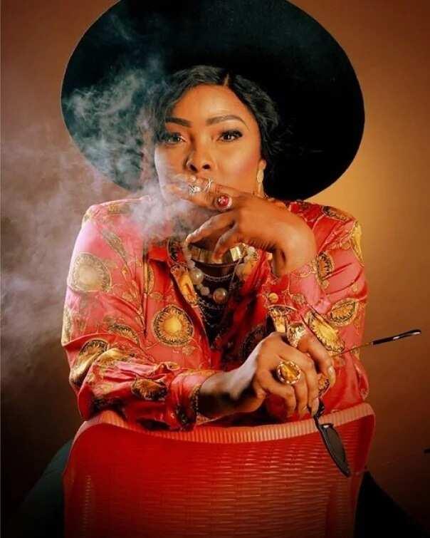 Nigerian female celebrities that smoke