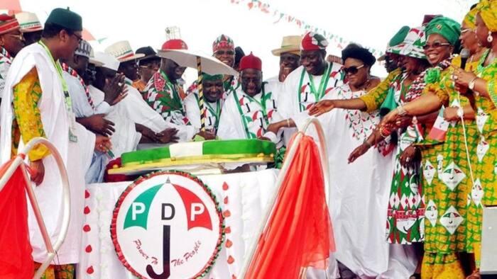 Shugabancin PDP: Tsaffin Gwamnonin Arewa 3 da Sanata 1 dake neman kujeran
