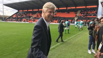 Wenger admits he regrets not leaving Arsenal earlier as he wins another award