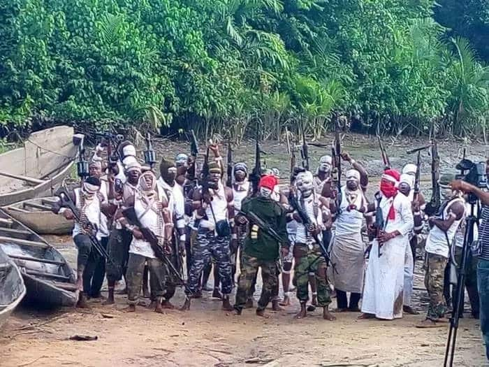 BREAKING: Niger Delta group strikes again, threatens Okorocha