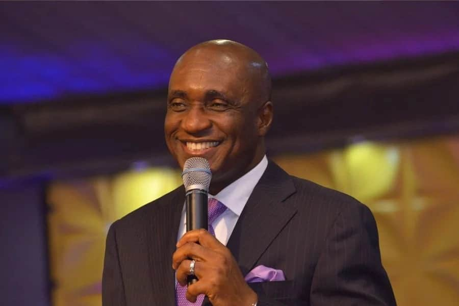 Lady claims rich member bought Rolls Royce for Nigerian pastor David Ibiyeomie
