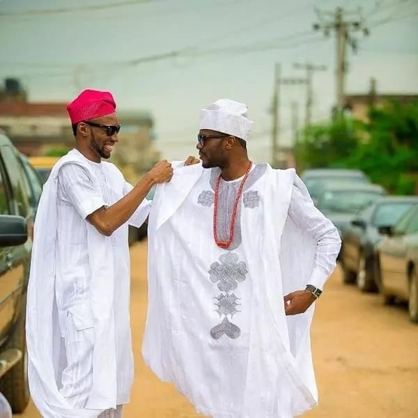 White Agbada styles for guys with wide robe