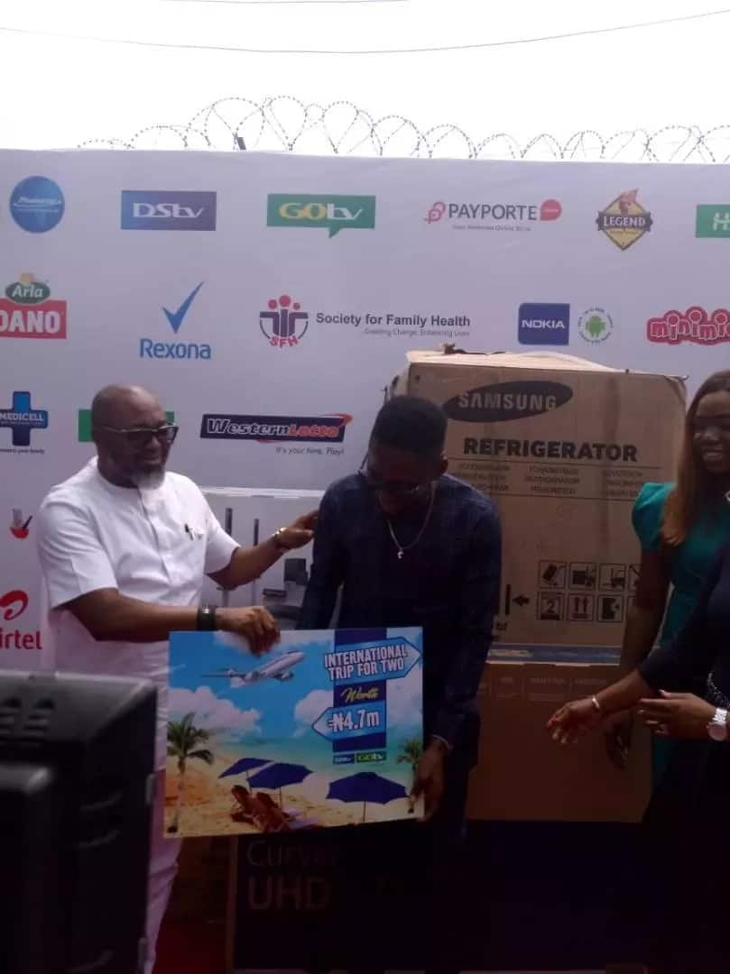 LIVE UPDATES: Miracle receives his N45m worth of prizes on BBNaija