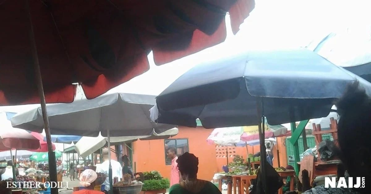 Market appears dry with traders sitting idle at Retail Market, Ogba, Lagos. Source: Esther Odili