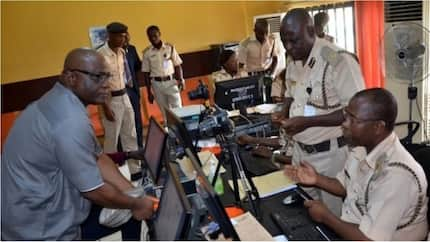 Nigerian Immigration Service sends important messages to passport applicants