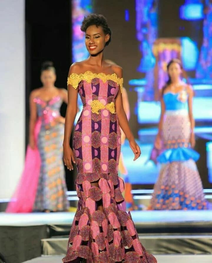 Ankara gown with décolleté and decor (photo from Miss Africa 2017)