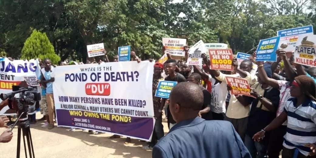 BREAKING: Plateau residents shutdown Jos over continued killing