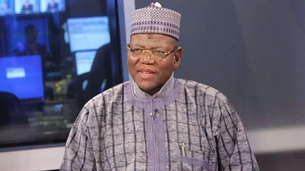 Lamido ya tarbi masu sauya sheka zuwa PDP 5000 a Jigawa, ya sha alwashin kayar da Buhari a 2019