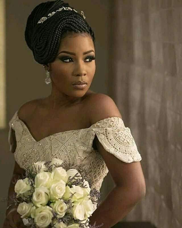 Ways to pack braids for a wedding Legit.ng