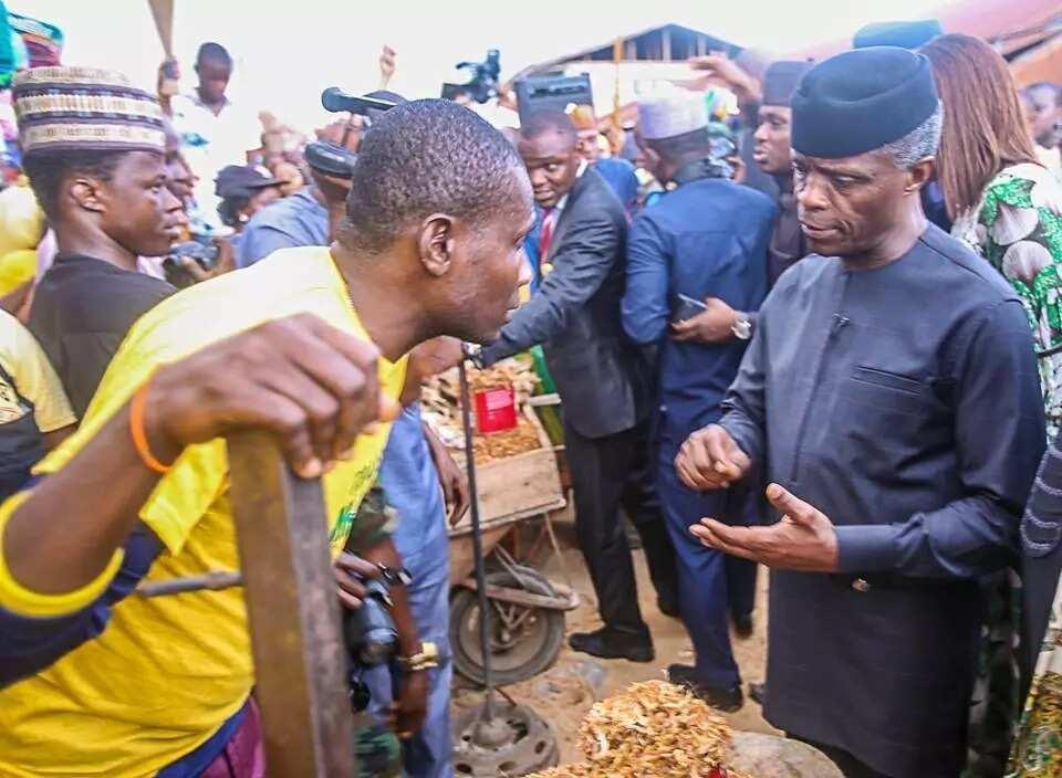 Young girl who beat security to grab Osinbajo's hands in Nyanya market is now VP's 'daughter'