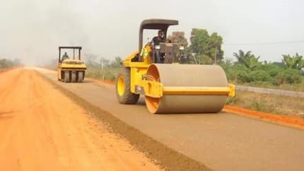 FEC approves $995 million, N15.4 billion for 2 road projects